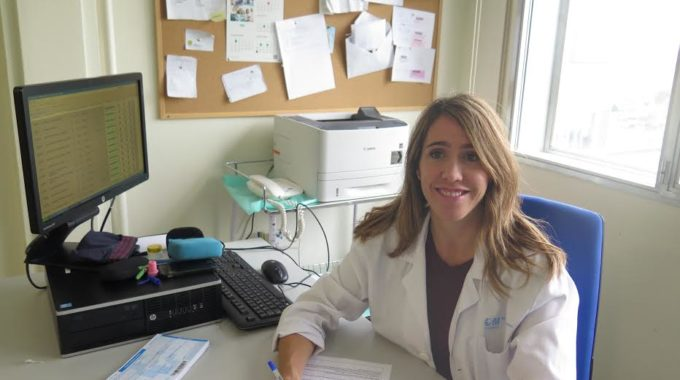 Entrevista Con La Dra Elena Sendagorta, Especialista De Dermatología.