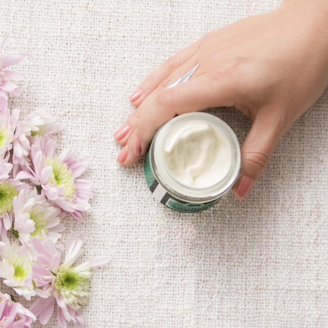 Crema hidratante facial sin aceite